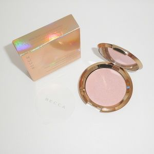 Becca Light Chaser Rose Quartz Flashes Seashell